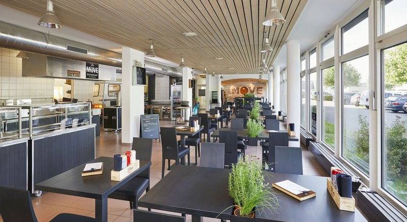 Restaurant The Move by Transfair - Uetendorf (CH) 2